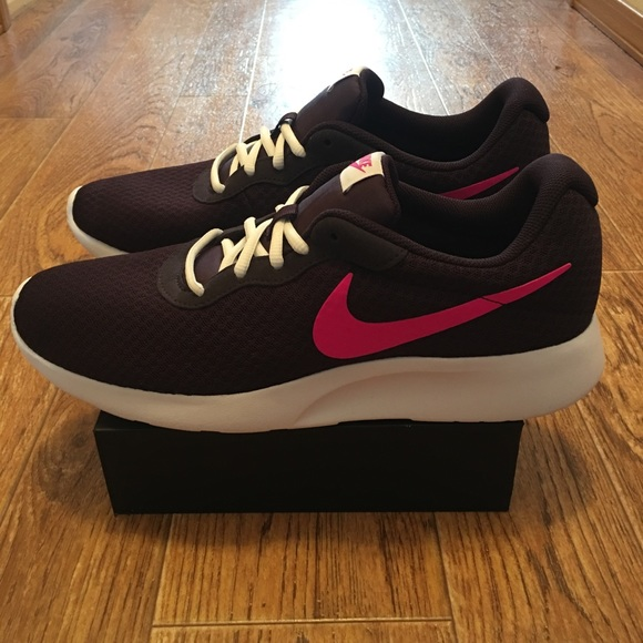 huge selection of 742f4 a947f nike tanjun womens purple Find Deals on Dunks Shoes ...